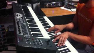 La luna nuova (PFM) Keyboard session Cristian Pratofiorito korg kronos ( Space4Keys Keyboard Solo )